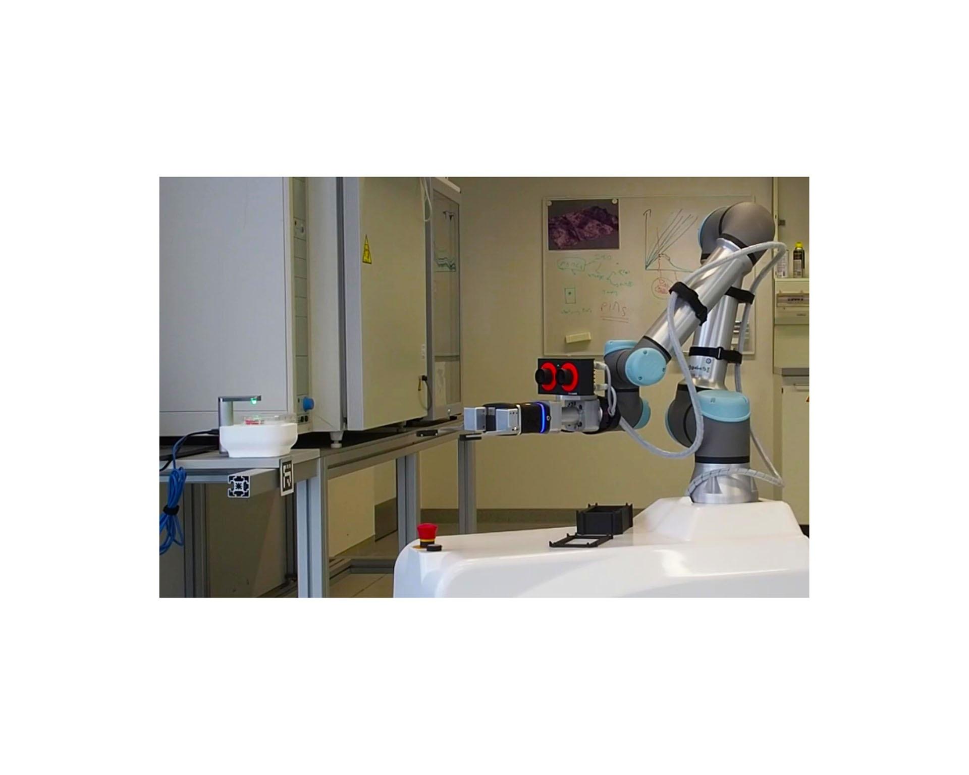 lab automation_robot
